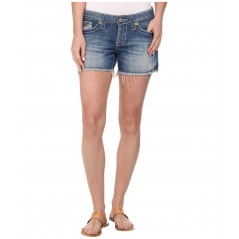 Remy Short in Riviera